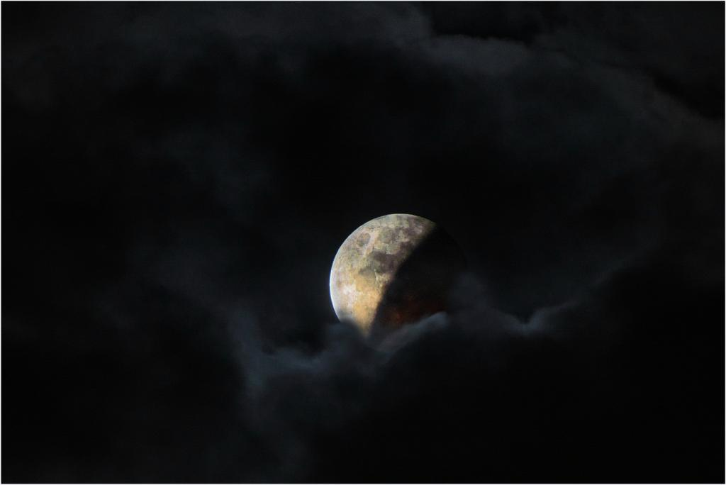 Lunar Eclipse by Peter Nyga - SSPS