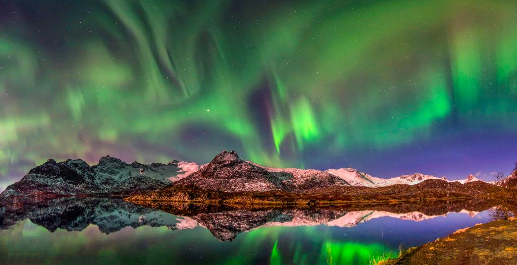 Loften Aurora by Valerie Earl