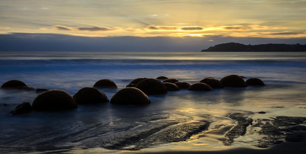 Moeraki Boulders New Zealand by Peter Nyga - SSPS