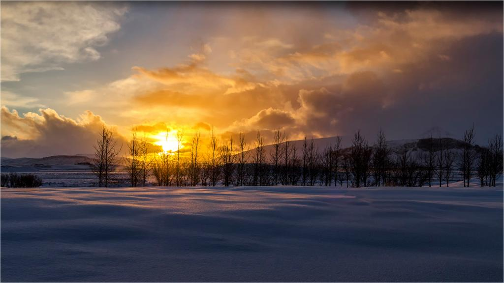 Borganes Sunrise Iceland by Val Earl - SSPS